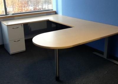 U-Shaped peninsula desk with pedestal storage