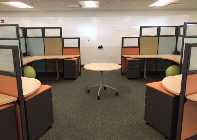 Workstations with Height Adjustable Collaboration Table