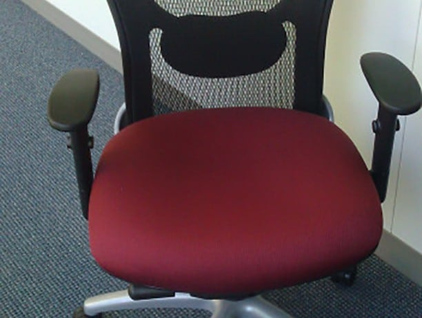 9 to 5 strata chair