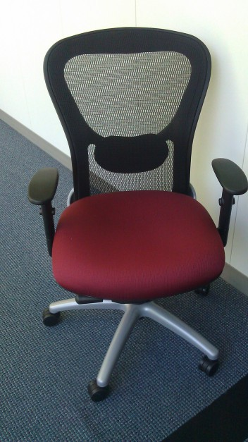 9 to 5 strata chair, Office Furniture
