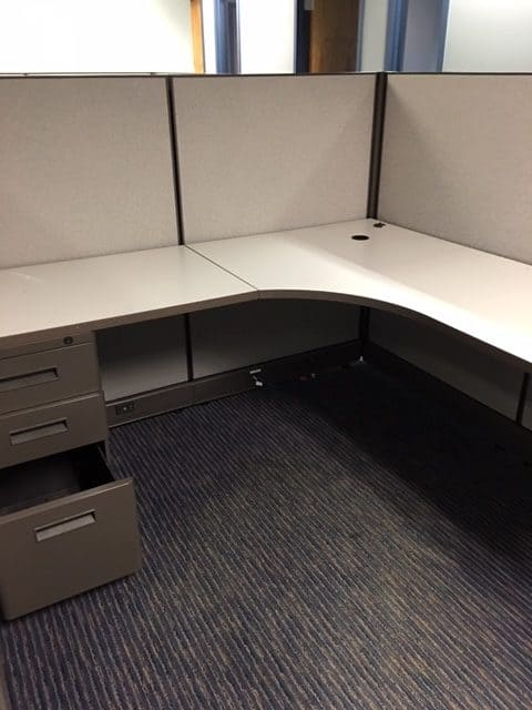 Pre-owned As-is Workstations