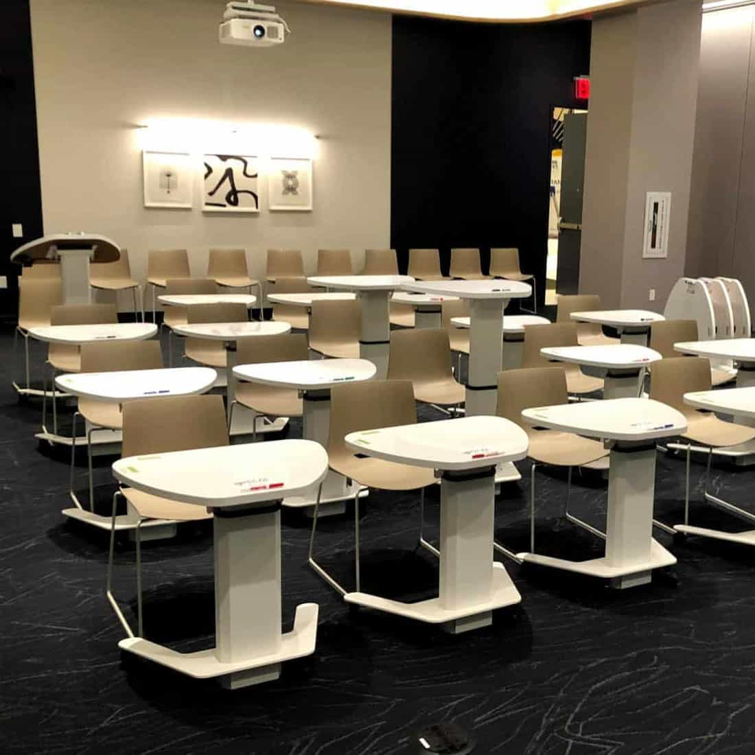 HAT Contract Height adjustable training room tables